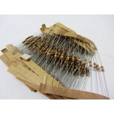 Набор 0,25 Вт резисторов 12 -180 Ом 23 номинала по 10шт 230шт